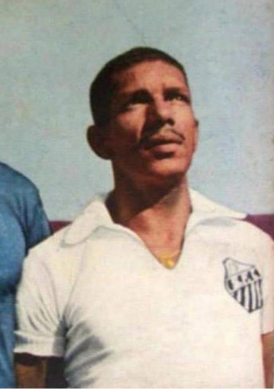 Ivan, da lateral do Paula Ramos para conquistas no Santos – Foto: MemorialdoSantos/ND