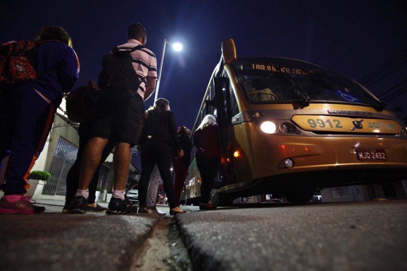 Transporte intermunicipal voltou a operar nesta segunda-feira – Foto: Anderson Coelho/ND