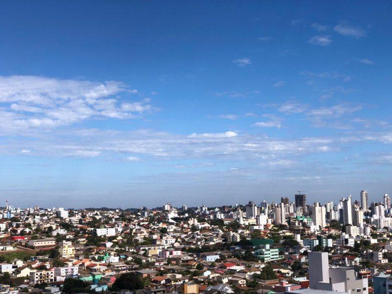 Ao longo da semana e domingo de Páscoa as temperaturas não devem ultrapassar os 23°C em Chapecó – Foto: Willian Ricardo/ND