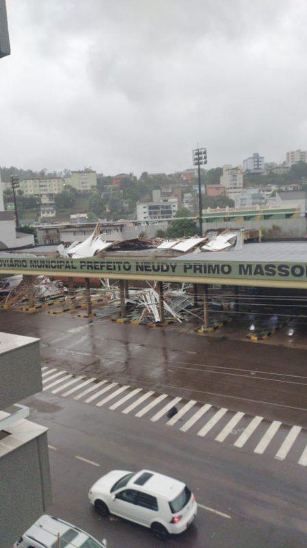 Estação Rodoviária de Concórdia foi bastante danificada pelo temporal - Divulgação/ND