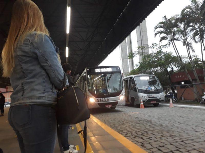 Ônibus voltaram a circular na segunda-feira (15) – Foto: Talita Catie/ND