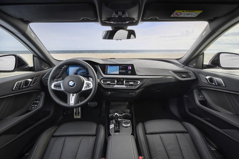 BMW M235i xDrive - Foto: Divulgação/BMW/Garagem 360/ND