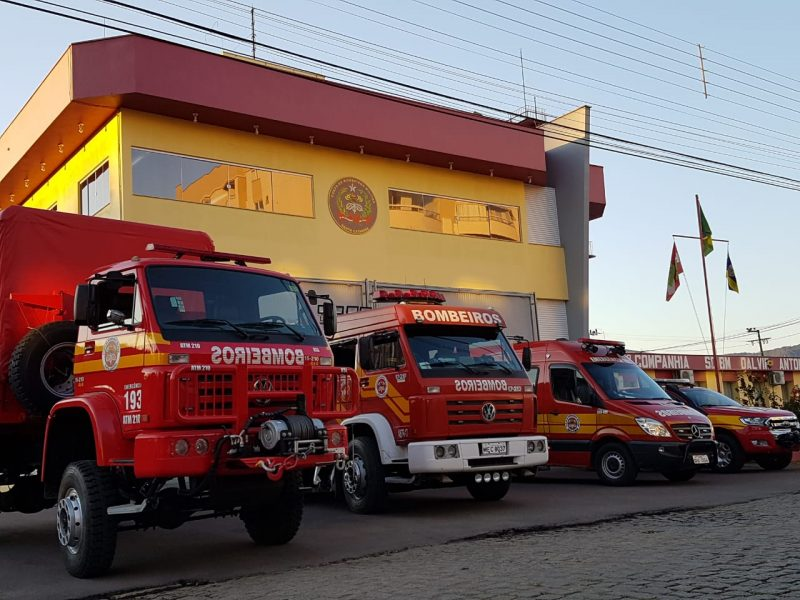 Temporal em Santa Catarina causou instabilidade nos telefones do Corpo de Bombeiros – Foto: Reprodução/Redes Sociais/ND