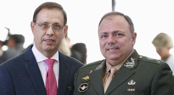 Carlos Wizard com o ministro interino Eduardo Pazuello – Foto: Reprodução/Facebook