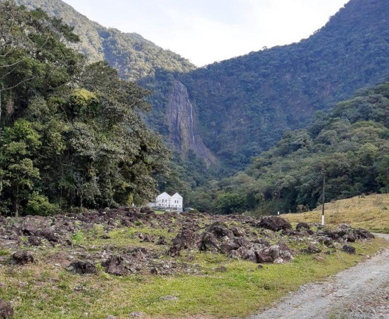 Famosa cascata Piraí também mostra a redução do nível devido à estiagem – Foto: Juliano Masselai/NDTV