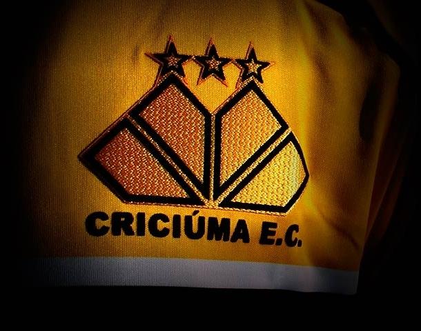 Clube soltou comunicado oficial em seu site – Foto: Reprodução/Criciúma E.C