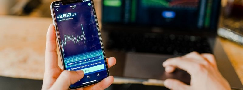 Desafio Cripto: conheça o reality show que ensina a investir em criptomoedas - Austin Distel on Unsplash