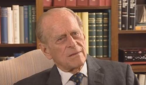 Príncipe Philip deve permanecer alguns dias descansando segundo comunicado da unidade médica – Foto: Reprodução/Youtube