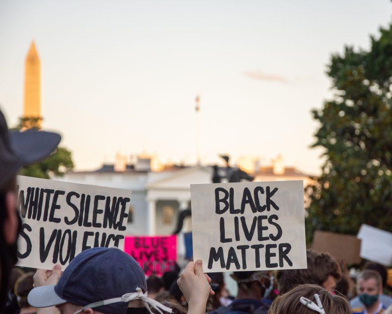 Morte do norte-americano George Floyd reacendeu debate sobre o preconceito racial – Foto: Koshu Kunii/Unsplash/Divulgação