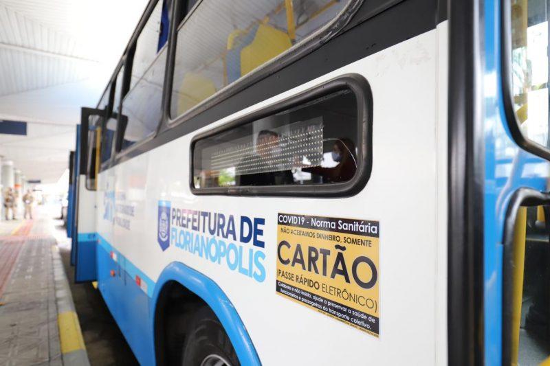 O pagamento não pode ser feito em dinheiro, apenas pelos cartões, que podem ser solicitados bilheterias dos terminais de ônibus e também por um serviço de delivery – Cristiano Andujar/PMF/Divulgação/ND