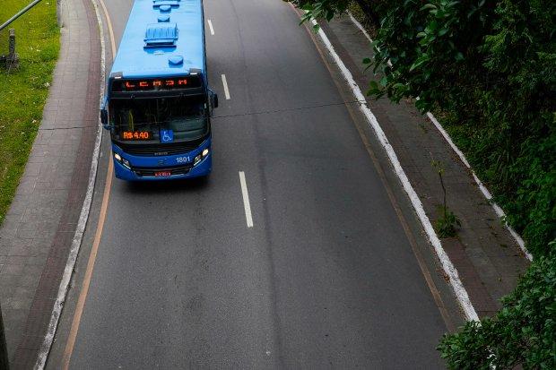 Transporte deverá controlar a lotação máxima limitada à capacidade de passageiros sentados, informa Estado – Foto: Governo Estadual/Divulgação/ND