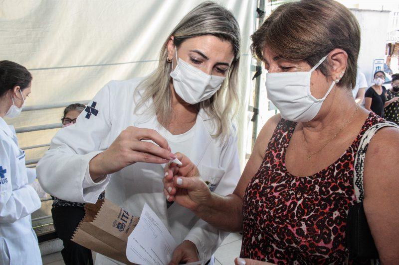 Medicamento foi distribuído pela Prefeitura de Itajaí aos moradores – Foto: Prefeitura de Itajaí/Divulgação/ND