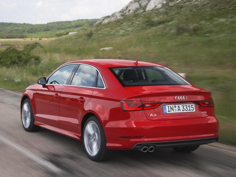 Audi A3 Sedan 1.8 TFSI Ambition 2015/2016 - R$ 75.900 - Foto: Divulgação/Audi/Garagem 360/ND