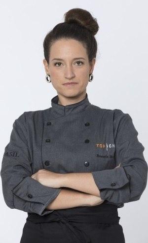 Beatriz opta por não cozinhar e deixa a competição – Foto: Antonio Chahestian/Record TV