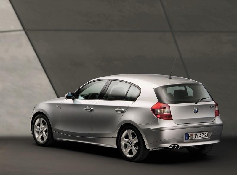 BMW 130i Sport 2007 - R$ 49.990 - Foto: Divulgação/BMW/Garagem 360/ND