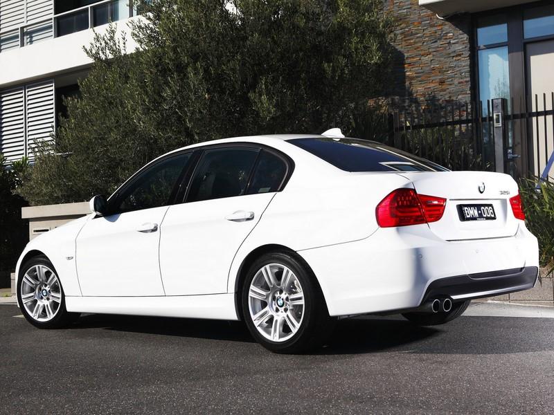 BMW 320i 2010/2011 - R$ 49.490 - Foto: Divulgação/BMW/Garagem 360/ND