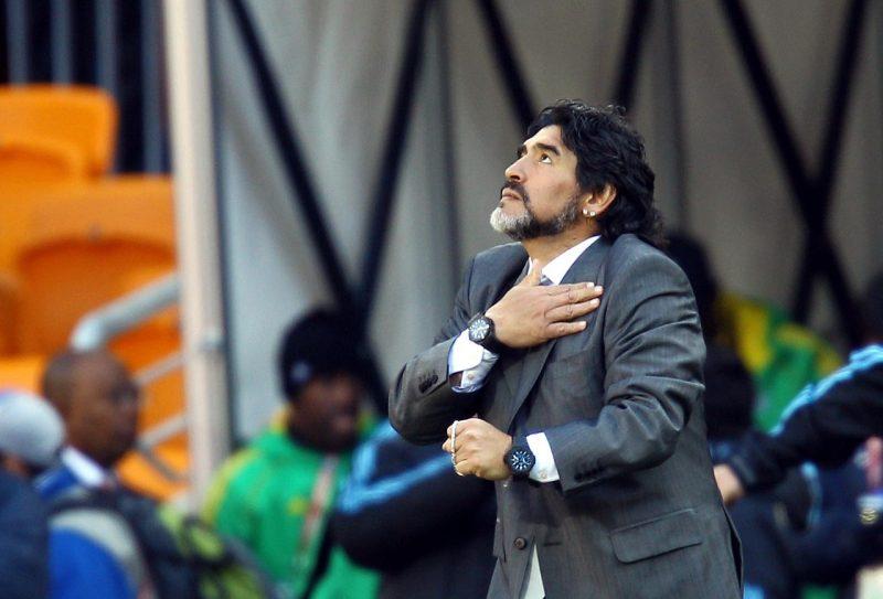 Diego Maradona morre na Argentina