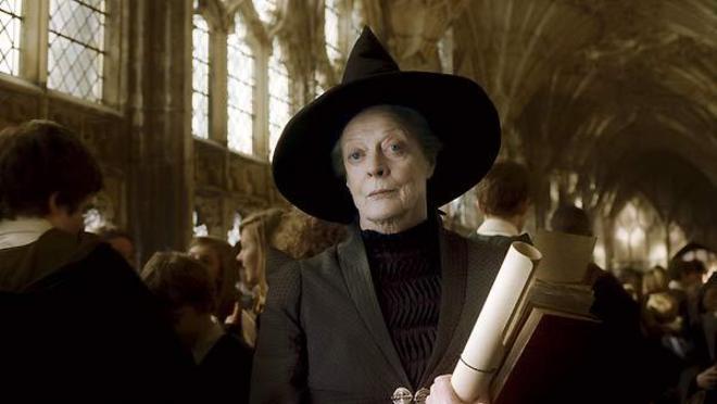 Maggie Smith (Professora McGonagall) gravou Harry Potter e o Enigma do Príncipe, enquanto fazia tratamento contra um câncer. Ela se recuperou da doença, em 2009 – Foto: Divulgação/Warner Bros