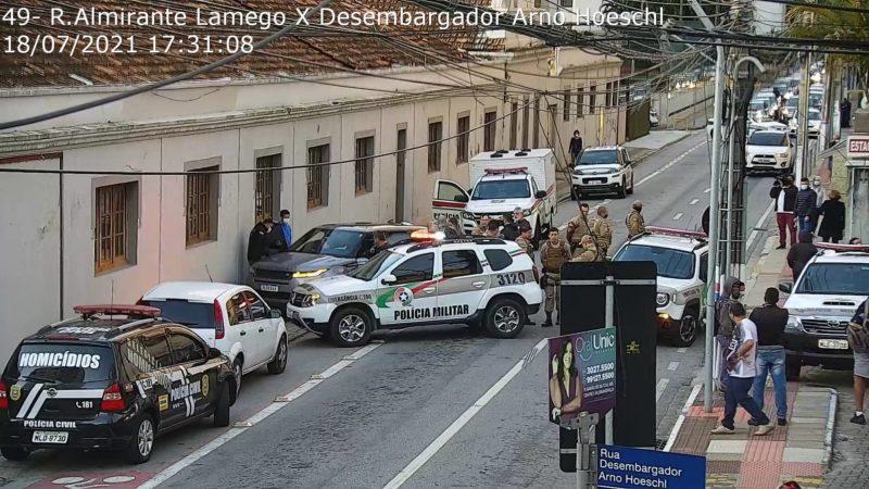 Ocorrência policial movimentou o Centro de Florianópolis – Foto: SSP/Divulgação/ND