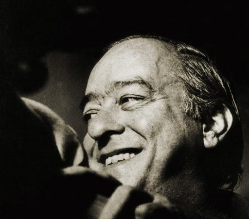 Há 40 anos o Brasil se despedia de um dos maiores artistas brasileiros, Vinícius de Moraes. Ele é dono de obras na literatura, na música, no teatro e no cinema.
