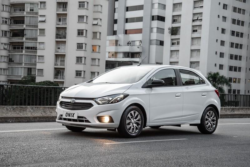 Chevrolet Joy: consumo 1.0 MT6 (cidade/estrada): etanol (8,8/10,3) km/l; gasolina (12,8/14,7) km/l - Foto: Divulgação/Chevrolet/Garagem 360/ND