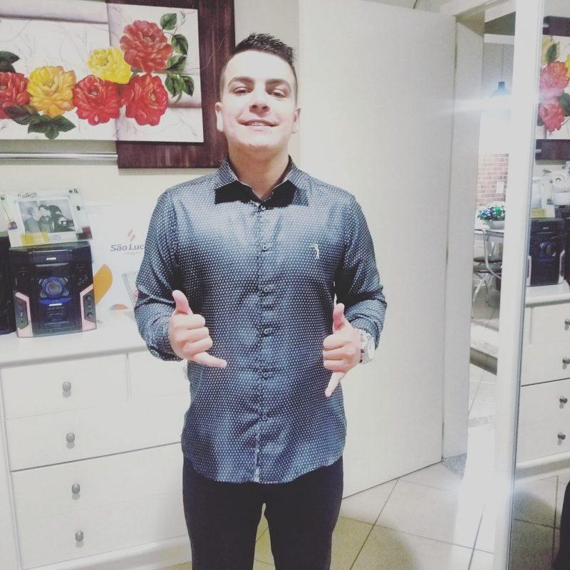 Natural de Tubarão, Mateus era estudante da 7ª fase de Direito e completaria 22 anos no dia 26 deste mês de agosto; ele morreu no Hospital Florianópolis – Foto: Reprodução/Facebook/ND