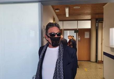 John McAffe foipreso por usar calcinha como máscara – Foto: Instagram