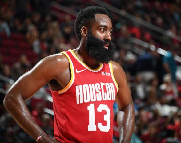 Assim como nas últimas temporadas, o <strong>Houston Rockets</strong> aparece entre os favoritos para o título. Mesmo com a 5° colocação da Conferência Oeste, o Houstono já está classificado para os offs e conta com a genialidade da dupla Harden (foto) e Russel Westbrook, que chegou na equipe nesta temporada e elevou o patamar da equipe – Foto: Divulgação/NB/ND