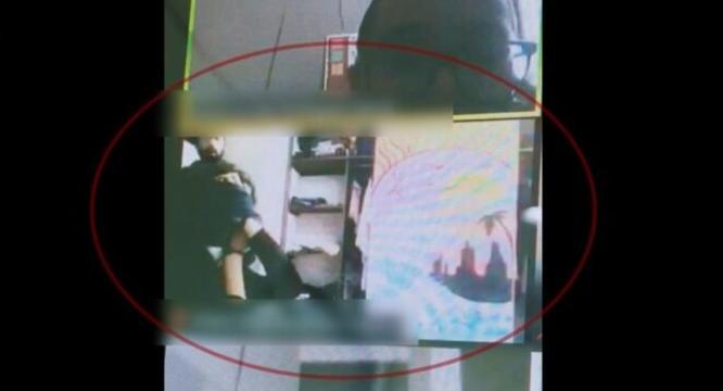 Bandido invade casa e amarra aluna durante aula no Zoom – Foto: Twitter