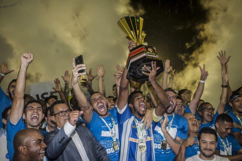 2019 (Avaí): O Avaí bateu a Chapecoense no penaltis, após empate por 1 a 1 no tempo normal, e voltou a conquistar o Catarinense após sete anos – Foto: Flávio Tin/Arquivo/ND