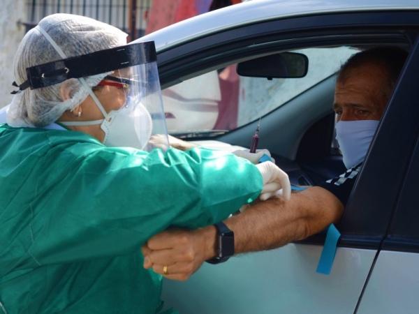 Técnico do CSA, Eduardo Baptista; clube contabilizou 18 jogadores infectados. Partida contra a Chapecoense, marcada para esta quarta (12), teve que ser adiada. – Foto: CSA/divulgação