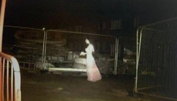 """Sensor de canteiro de obra registra a presença de """"noiva fantasma"""" – Foto: Birmingham Mail"""