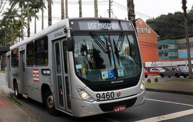 Sindicato falou sobre greve dos ônibus para esta segunda-feira