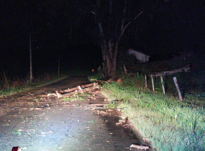 Interior de Caçador também foi atingido pelo temporal de domingo - Caçador Online