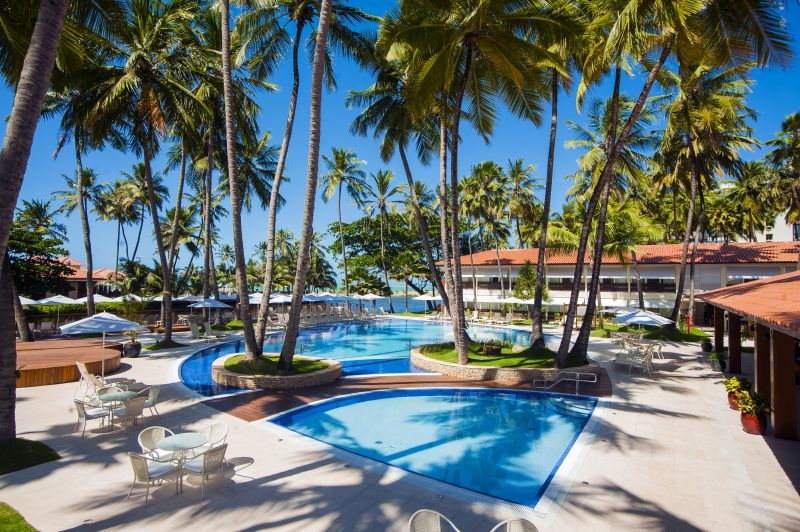 De frente para o mar verdinho de Maceió (AL), o Jatiúca Hotel & Resort é uma boa opção para quem quer relaxar e ter mordomias. A gastronomia, que mistura pratos típicos do Nordeste com culinária internacional, é um dos grandes destaques do local - Divulgação - Divulgação/Rota de Férias/ND