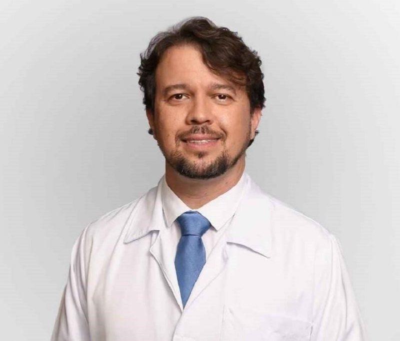 Gustavo Deboni está impedido de exercer a medicina, dar aulas e ocupar cargos de gestão em hospitais – Foto: Reprodução internet