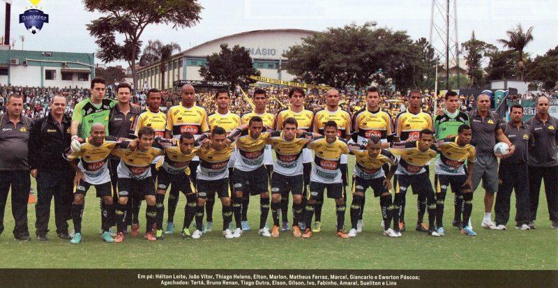 2013 (Criciúma): O Criciúma conquistou o estadual após perder para a Chapecoense por 1 a 0, em Chapecó. Na ida o Tigre havia vencido por 2 a 0 – Foto: Reprodução/Redes Sociais