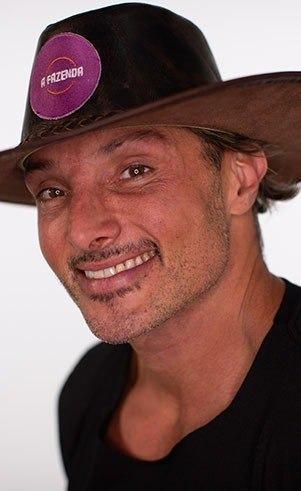 Juliano Ceglia, 42 anos, é apresentador e jornalista. – Foto: Reprodução/ND