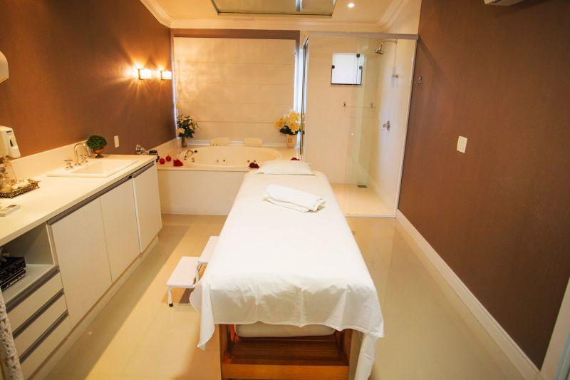 O spa oferece tratamentos orientais que prometem relaxar até as pessoas mais agitadas. Além disso, dá para participar de programas antiestresse e de emagracimento - Divulgação - Divulgação/Rota de Férias/ND