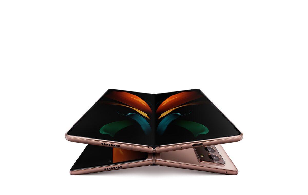 Celular dobrável Galaxy Z Fold2 - Crédito: Divulgação/Samsung/33Giga/ND