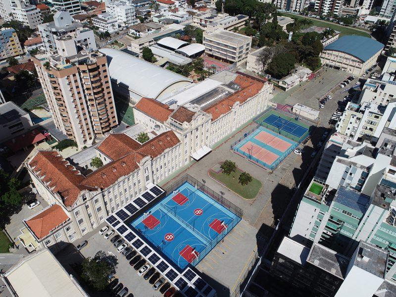 Vista aérea da estrutura do Colégio Catarinense, no coração da Capital – Foto: Acervo/Colégio Catarinense