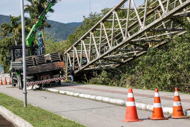 Depois da passarela do CIC, próxima a ser restaurada é a da Avenida da Saudade – Foto: Anderson Coelho/ND