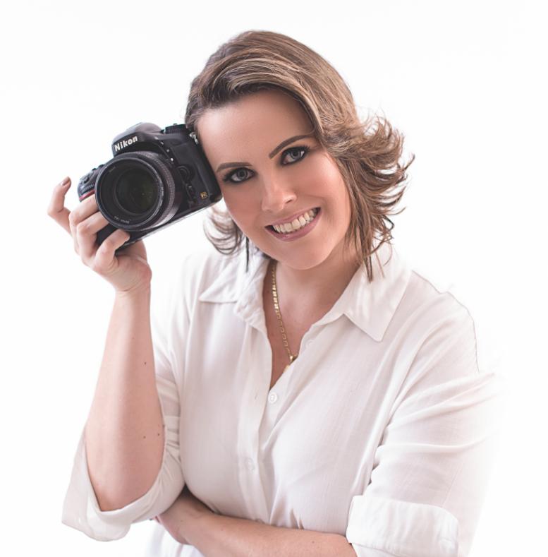"""""""Estou super feliz, é um premio que representa o nosso carinho e amor pela fotografia e também representa todos os fotógrafos da região"""", finaliza Andreia, que trabalha na área há sete anos. – Foto: Arquivo pessoal/Divulgação"""
