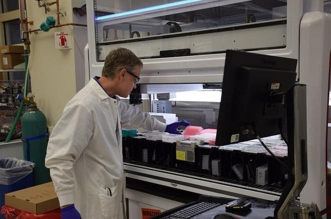 Pfizer desenvolve vacina em parceria com a empresa alemã BioNTech – Foto: Divulgação/Pfizer