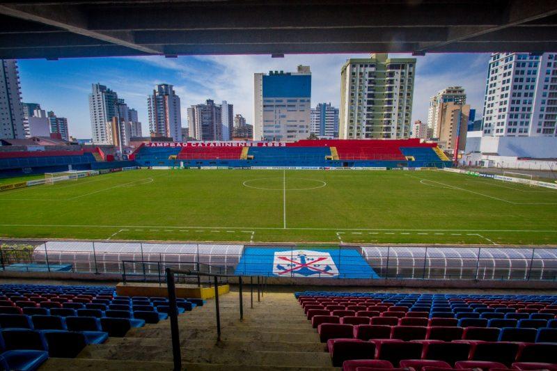 Conhecido como Gigantão das Avenidas, estádio Dr. Hercílio Luz é a casa do Marinheiro – Foto: Marcílio Dias/Divulgação