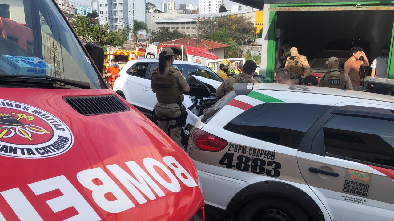 A Polícia Militar informou que uma viatura acompanhava o carro desde a SC-283 próximo do Bairro Santa Maria - Willian Ricardo/ND