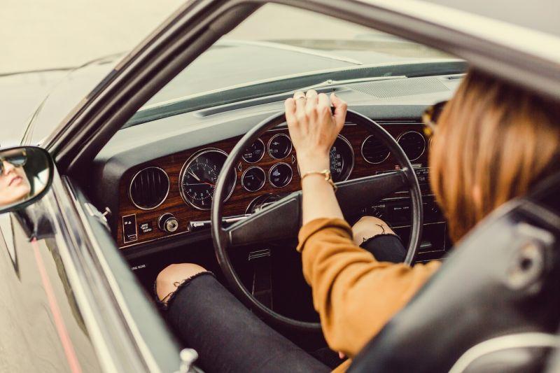 Entenda as diferenças entre seguro e rastreamento de veículos - Foto: Pixabay