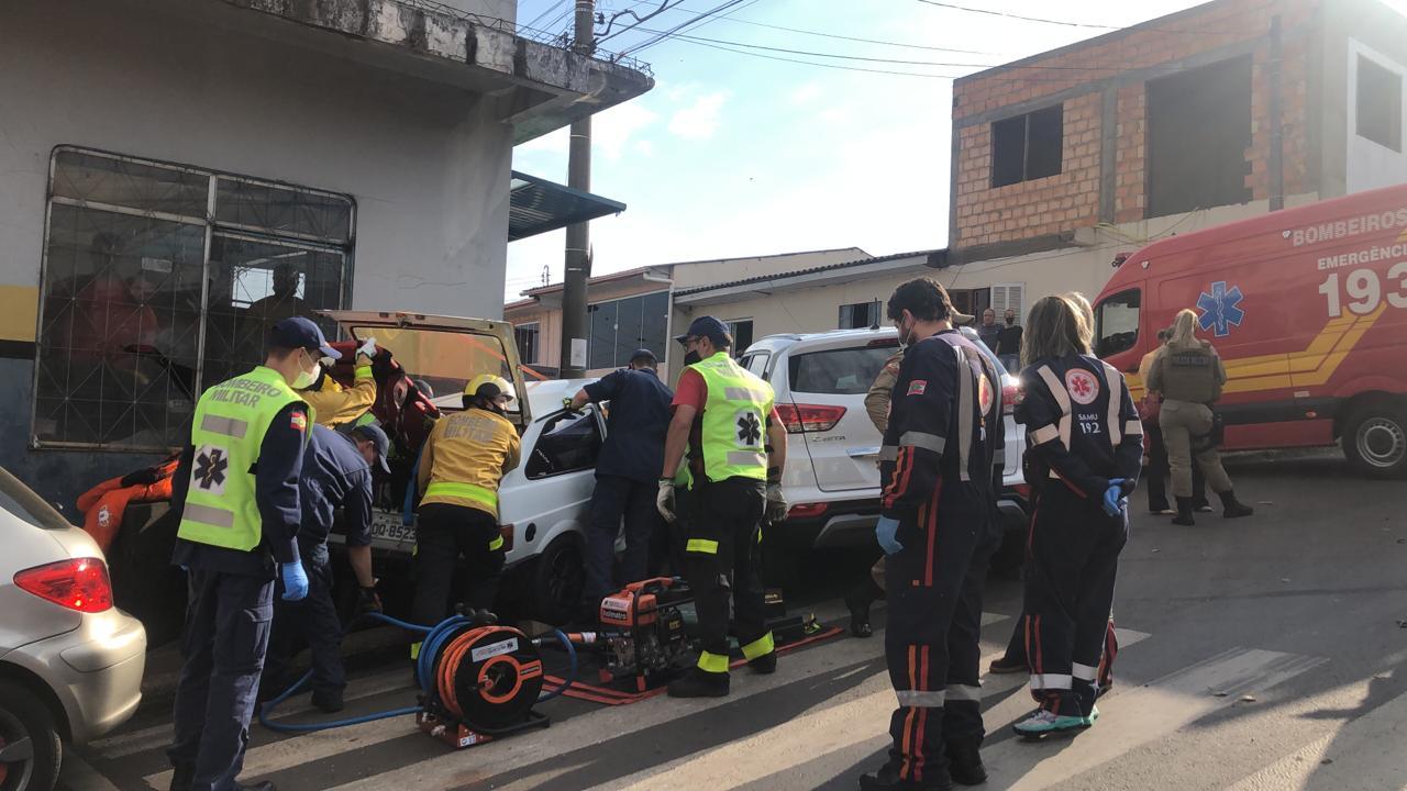 No acidente envolveu um Gol, com placas de Nonoai com duas pessoas - Willian Ricardo/ND