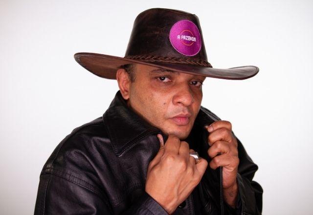 """Fernandinho 'Beat Box' – O paulista de 45 anos é conhecido por propagar no País a """"arte de emitir som através da boca"""", subgênero do hip hop. Além de um projeto solo como rapper, o 'beat boxer' também faz shows com Marcelo D2 – Foto: Divulgação/Record TV"""