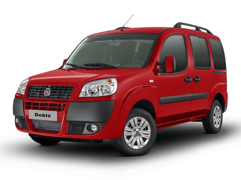 Fiat Doblò: embora ainda seja vendido como 0KM, um modelo usado pode ser mais interessante por custar menos. Tem mecânica conhecida, é espaçoso e pode ter sete lugares - Foto: Divulgação/Fiat/Garagem 360/ND